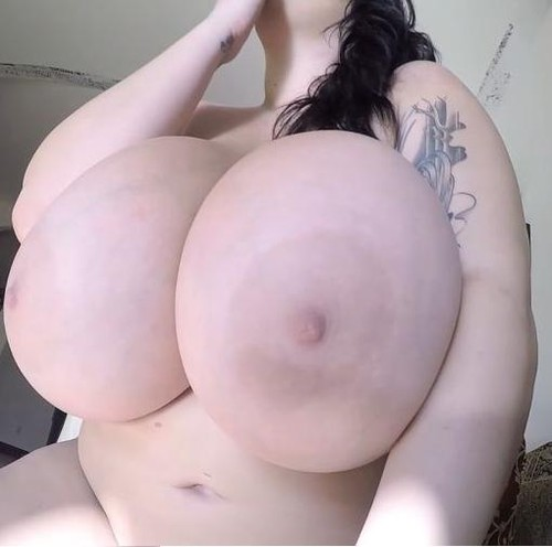 Leanne Crow – Giant Tits Moroccan Bed GoPro 1 HD 720p