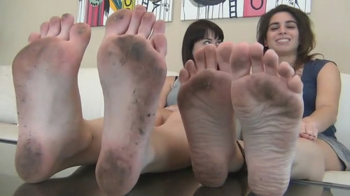 ANDI & RILEY HUMILIATE YOU UNDER THEIR DIRTY FEET & SOLES